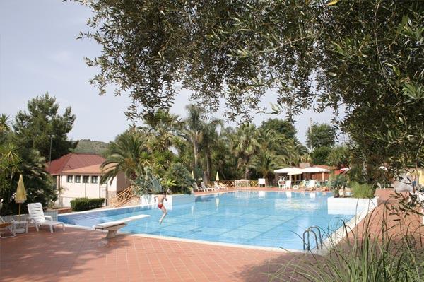 Residence con piscina a palinuro cilento - Residence marzamemi con piscina ...