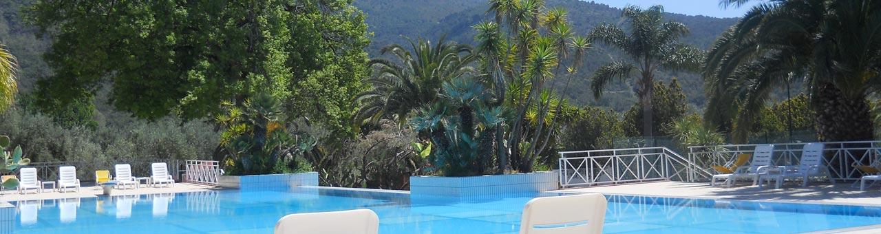 Palinuro villaggio con piscina